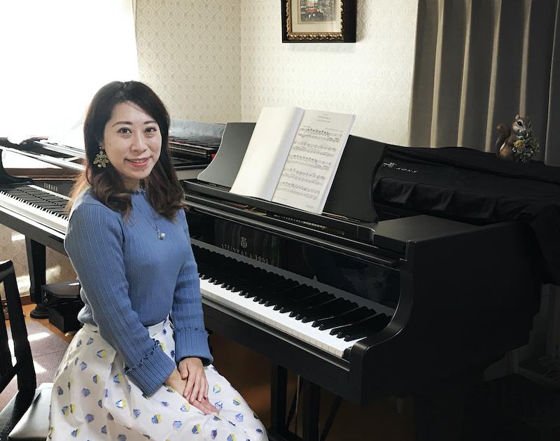 大阪府在住のM様(ご愛用ピアノ Steinway MT-170 )